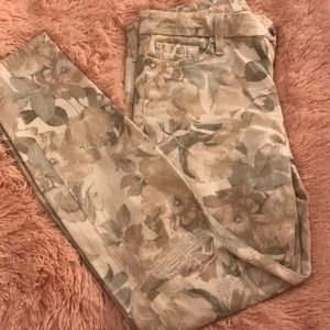 7 for all Mankind Floral Distressed Jeans sz28
